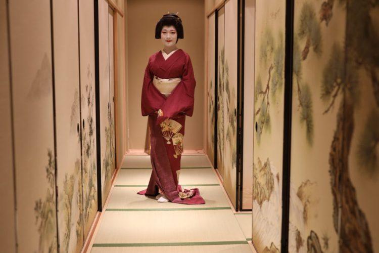geisha Maikoya