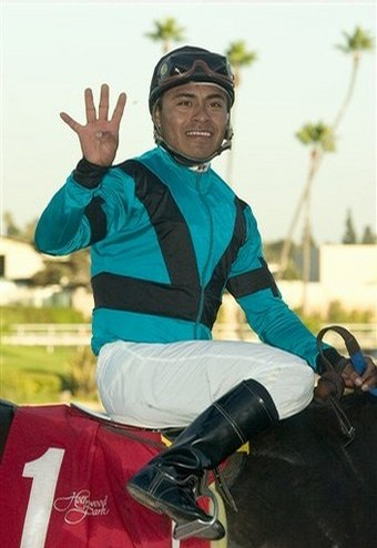 Jockey Martin Garcia teamed up with trainer Ral Ayers to win on #1 Worth the Fight
