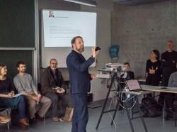 Prof. Hermann Klöckner explaining his 4D class on mobile app prototyping