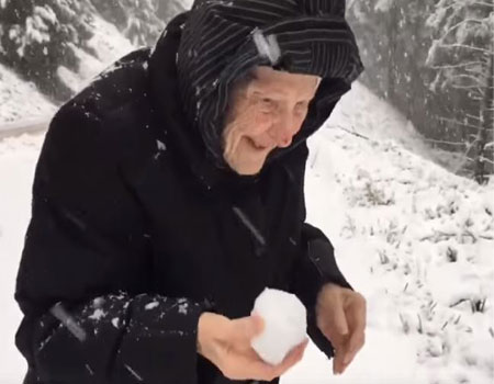 101 Year Old Has Fun With Snow