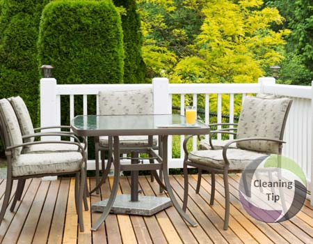 How to Clean Outdoor Furniture