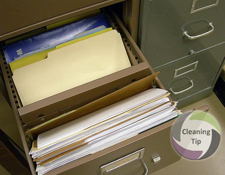How to Clean a Filing Cabinet