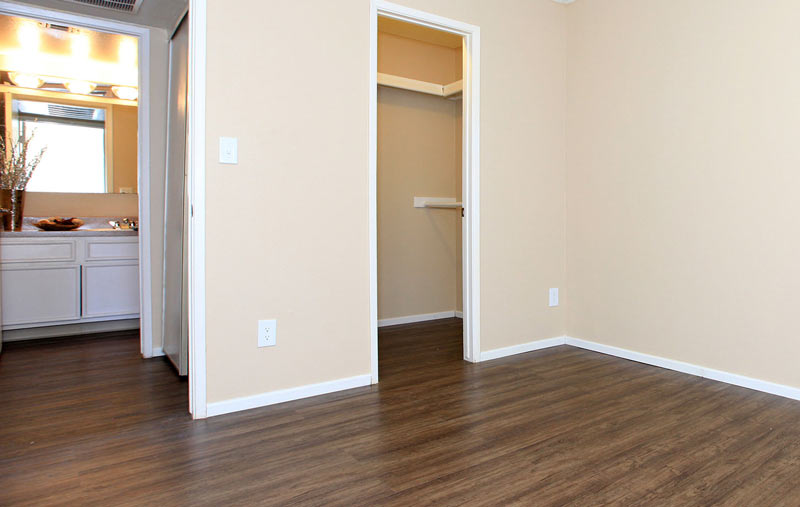 image of an empty, clean bedroom