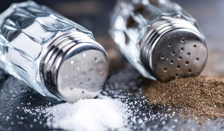 Easy way to clean salt shakers