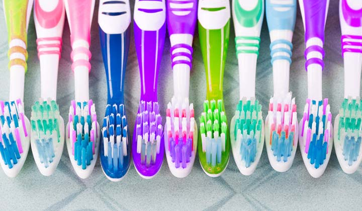 The Best Way to Clean and Store Toothbrushes using safe cleaners