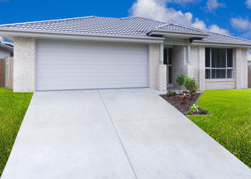 Keeping Driveways Clean Makes Homes More Appealing