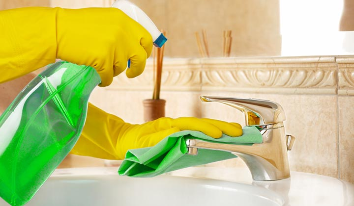 cleaning bathroom and kitchen faucet for germy spots