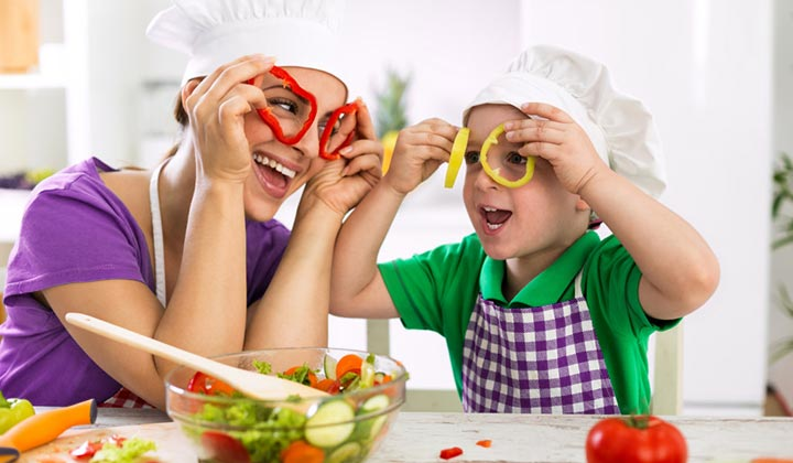 Kids Take Over the Kitchen Day to party