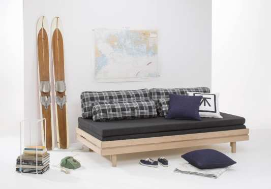 Irene daybed