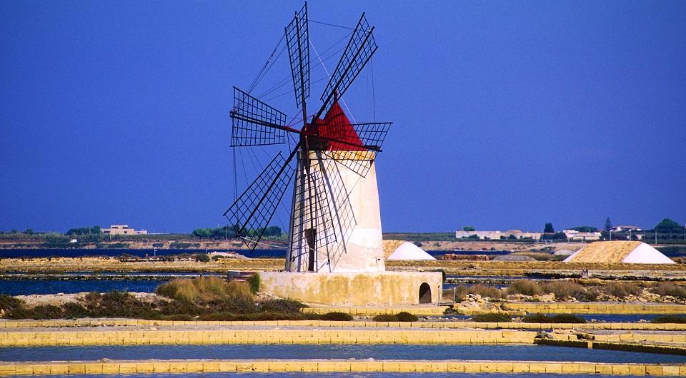 Trapani salt pans - Highlights tour of Sicily