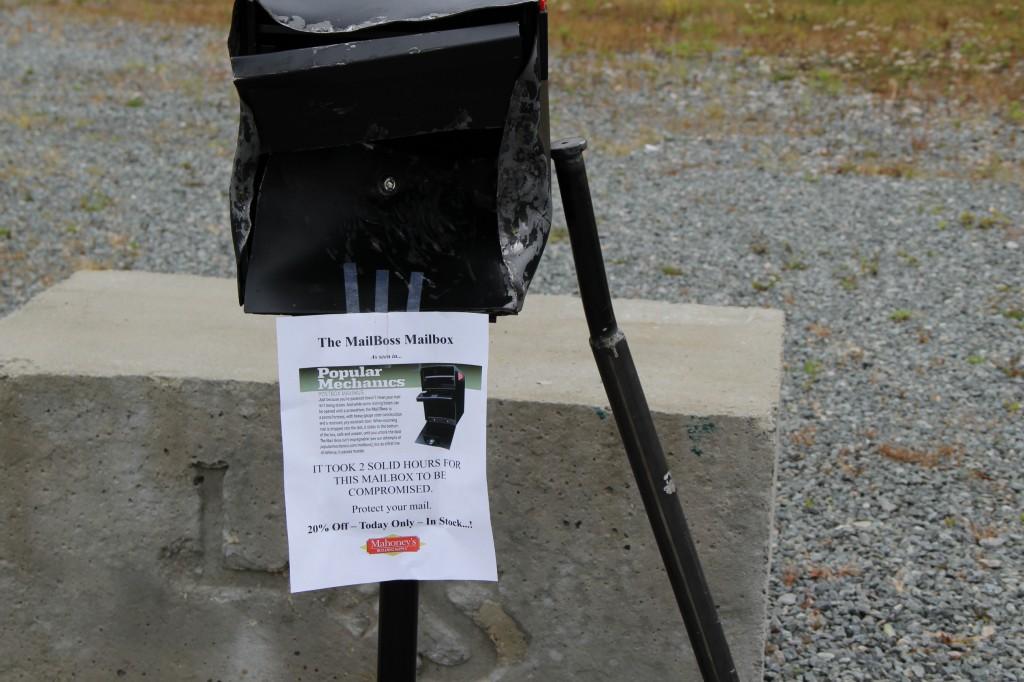 Mail Boss Mailbox Baseball Bat Demo At Mahoney's