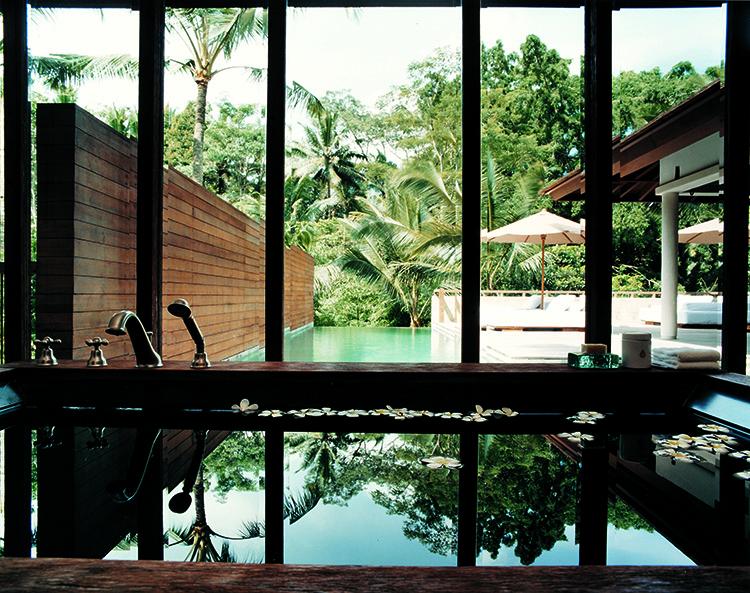 44182869-h1-bath_in_2br_retreat_villa-750