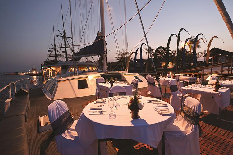 aristocat-evening-cruise-9-750