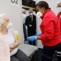 Frankfurter Impfzentrum nimmt Betrieb auf