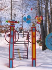 Sculpture in Wally Warren's yard in Ripley