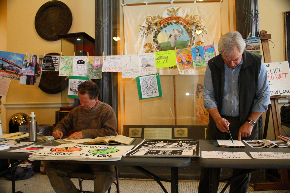 Draw-In, Alan Crichton and Kenny Cole at State House rally, photos by Roger Leisner, Maine Paparazzi,