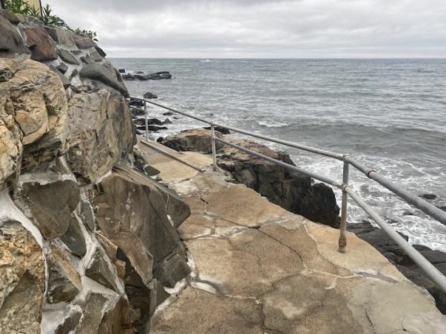 cliff-walk1