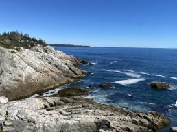 haut cliff trail1-min