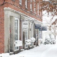 Where to Shop and Where to Stop in Yarmouth