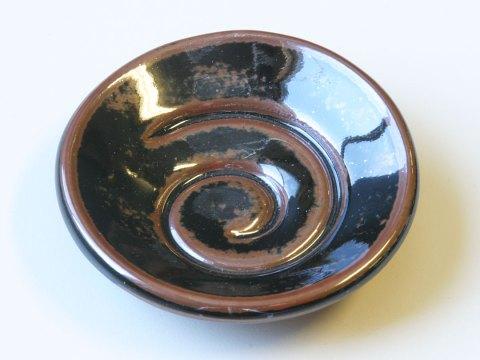 Spiral glaze sample dish tenmoku