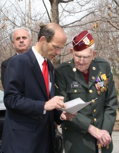 Governor Baldacci with a Maine WW II POW