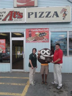People's Choice Award: Al's Pizza – Skowhegan Pictured L to R: Marsha Toth, Sweetie Pie, and Chad Partridge