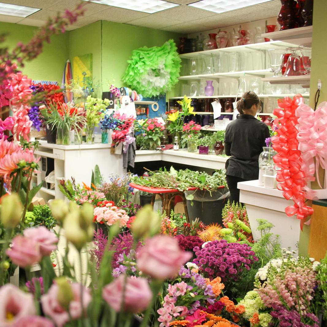A Video Tour of the Shop { Minnesota Florist }