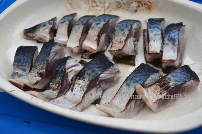 サバは皮を熱すると美味しい