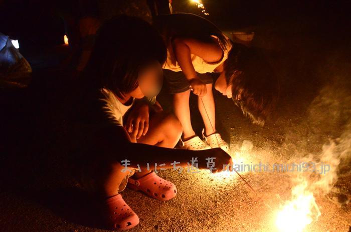 夏の夜は花火