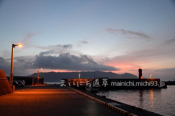 野伏港の夜明け