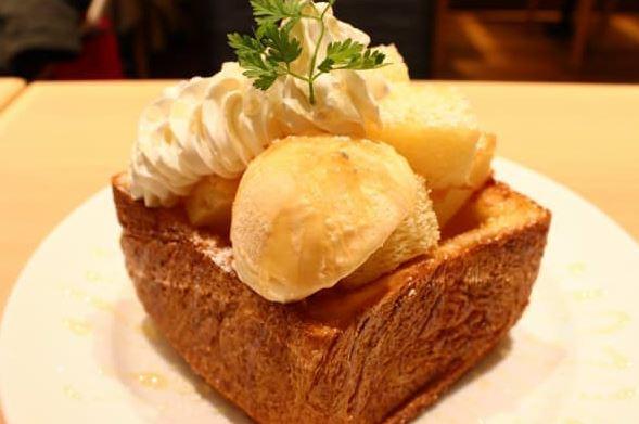 高級デニッシュ食パン「MIYABI」 はちみつトースト