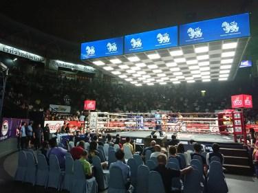 タイで本場ムエタイをリングサイドで観戦レポート!動画撮影も可能なバンコク・ラジャダムナンスタジアム