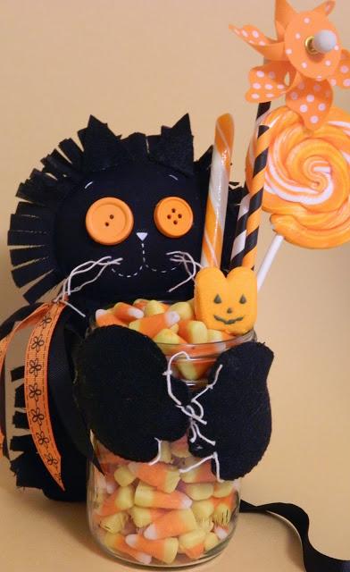 Black Cat Halloween craft ideas for kids