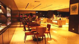 Restaurant Area (Photo: MainlyMiles)