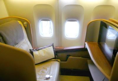 SQ 777 2006F (Dan Nevill)