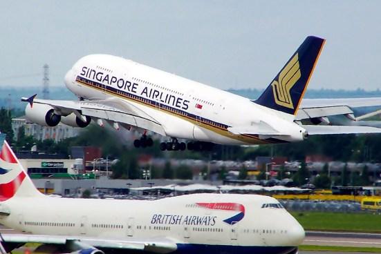 SQ A380 LHR (Mark Harkin)
