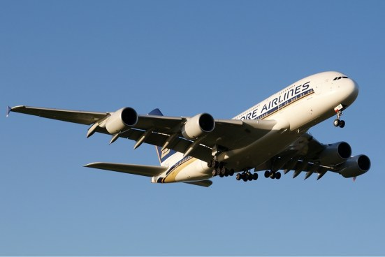 SQ A380 (Phil Vabre).jpg