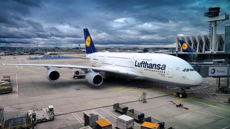 LH A380.jpg