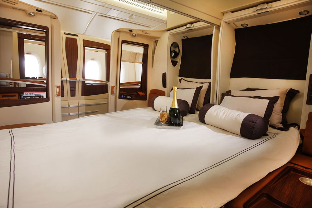 Hundreds of Suites saver award seats on SIA\'s A380 to and ...