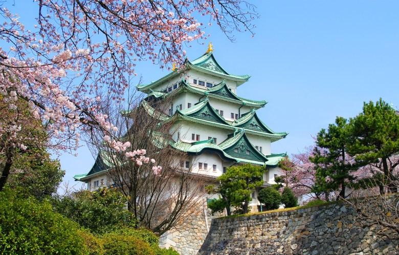 Nagoya Castle (Hiroaki Kaneko).jpg