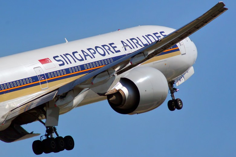 SQ 777-300ER (Curimedia Photography)