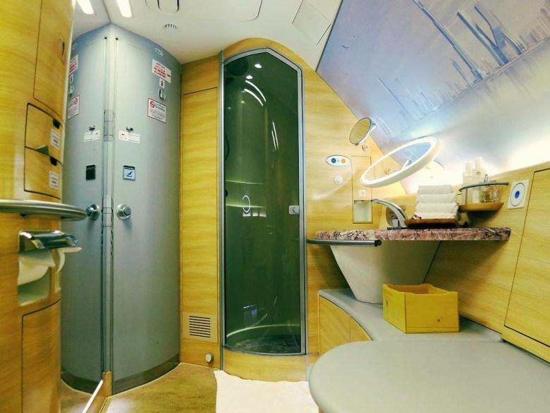 EK A380 Shower Suite (MM).jpg