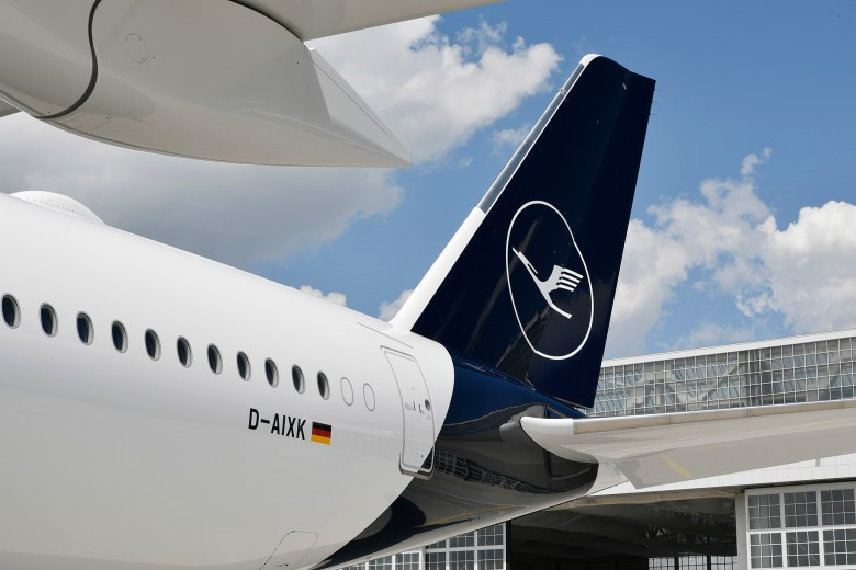 LH A359 Tail (Lufthansa Group)