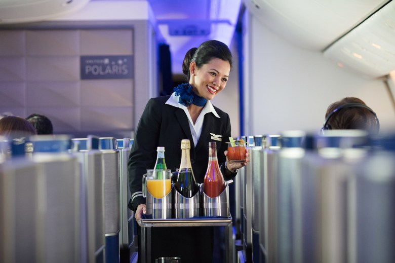 United Polaris Drinks Service (United Airlines)