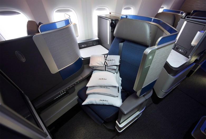 United Polaris Seat (United Airlines)