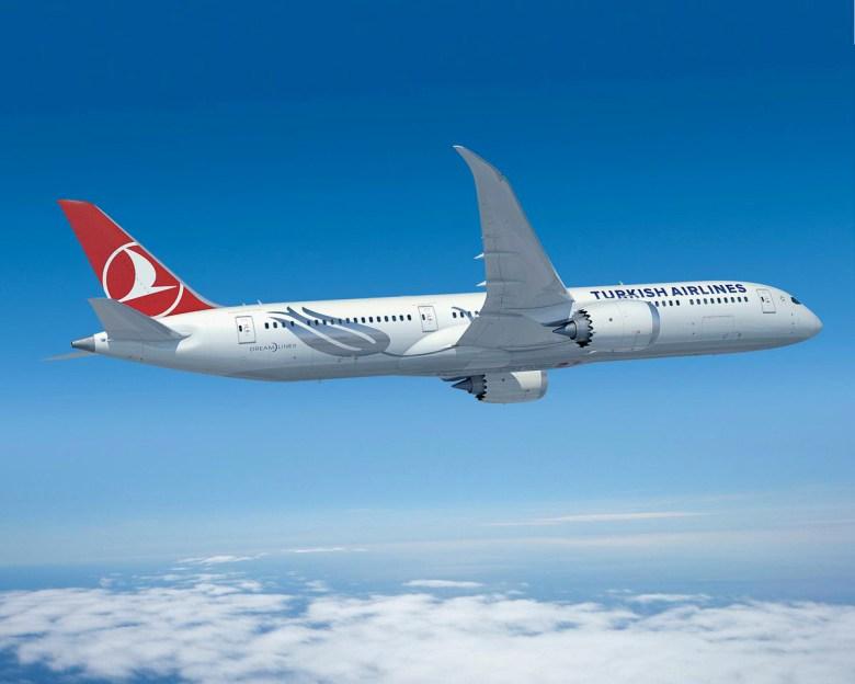 TK 787 (Boeing).jpg