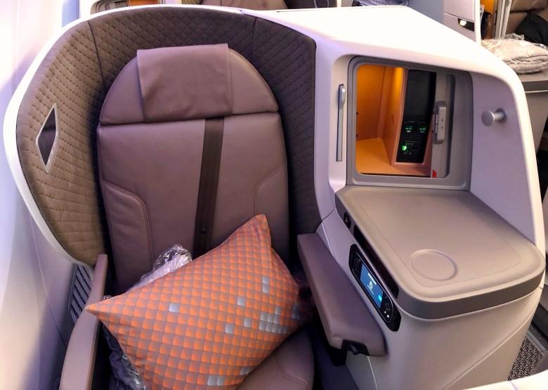 Seat 18.jpg