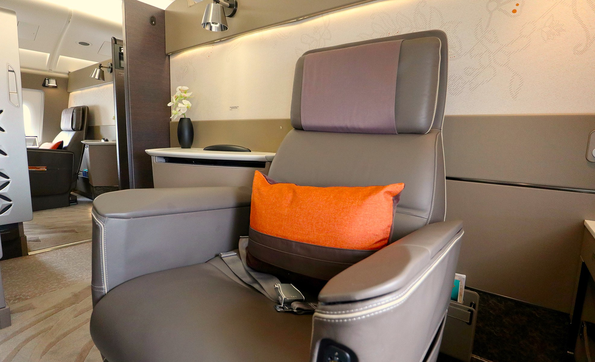 Year-round Singapore Airlines A380s to Tokyo set to get new ...