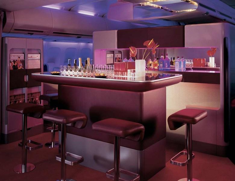 VS Upper Class Bar 744 LHR (Virgin Atlantic).jpg
