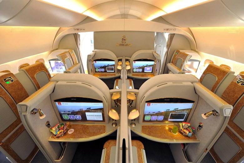 EK 77W F Overview (Emirates)